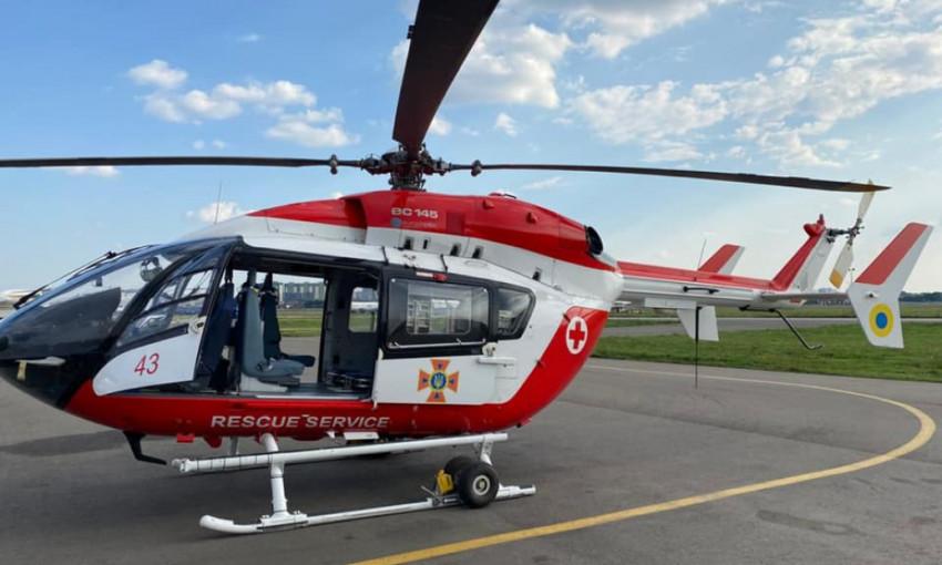 В областных больницах Украины построят вертолетные площадки
