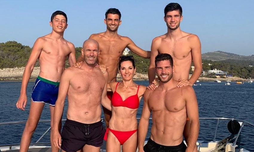 Жена-красотка и четыре сына-футболиста: семейство Зидана произвело фурор