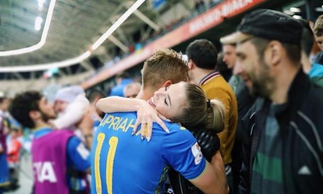 Кто вдохновляет на успехи футболиста, дубль которого принес Украине титул чемпионов мира